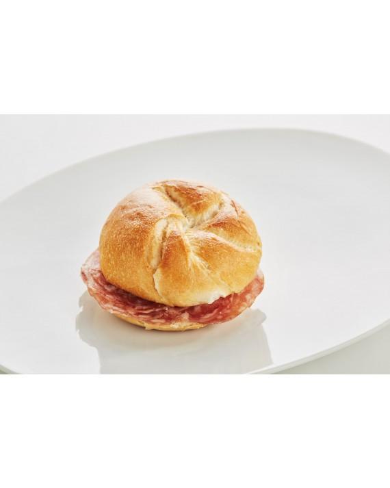 Jour-Kaisersemmerl mit Trüffelsalami aus Piemont