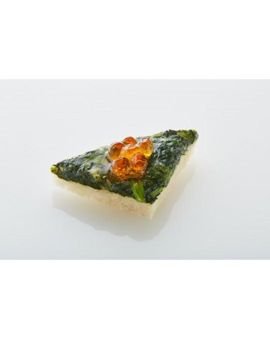 Canapé Blattspinat mit Lachskaviar