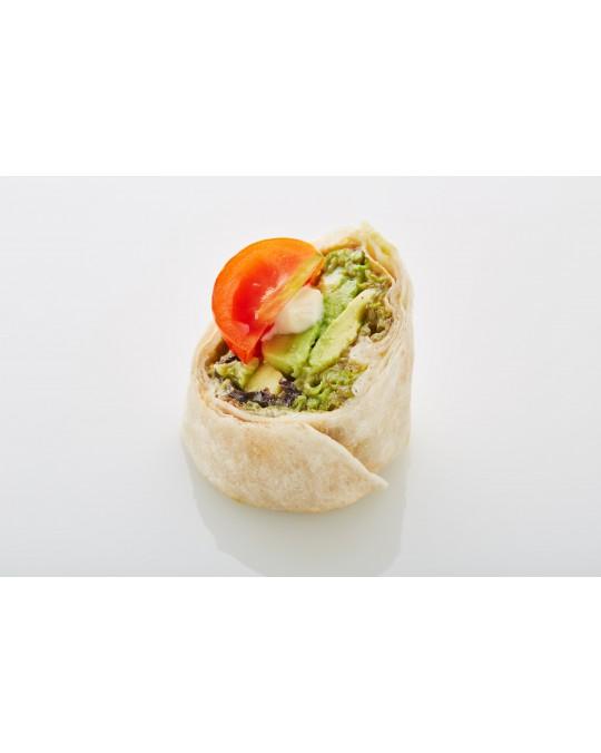 Wraps mit Avocado und Paradeiser